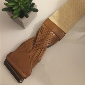 Accessories - Thick high waisted belt